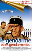 Le gendarme et les gendarmettes