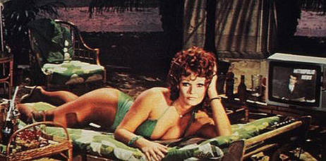 Valerie Perrine as Eve Teschmacher