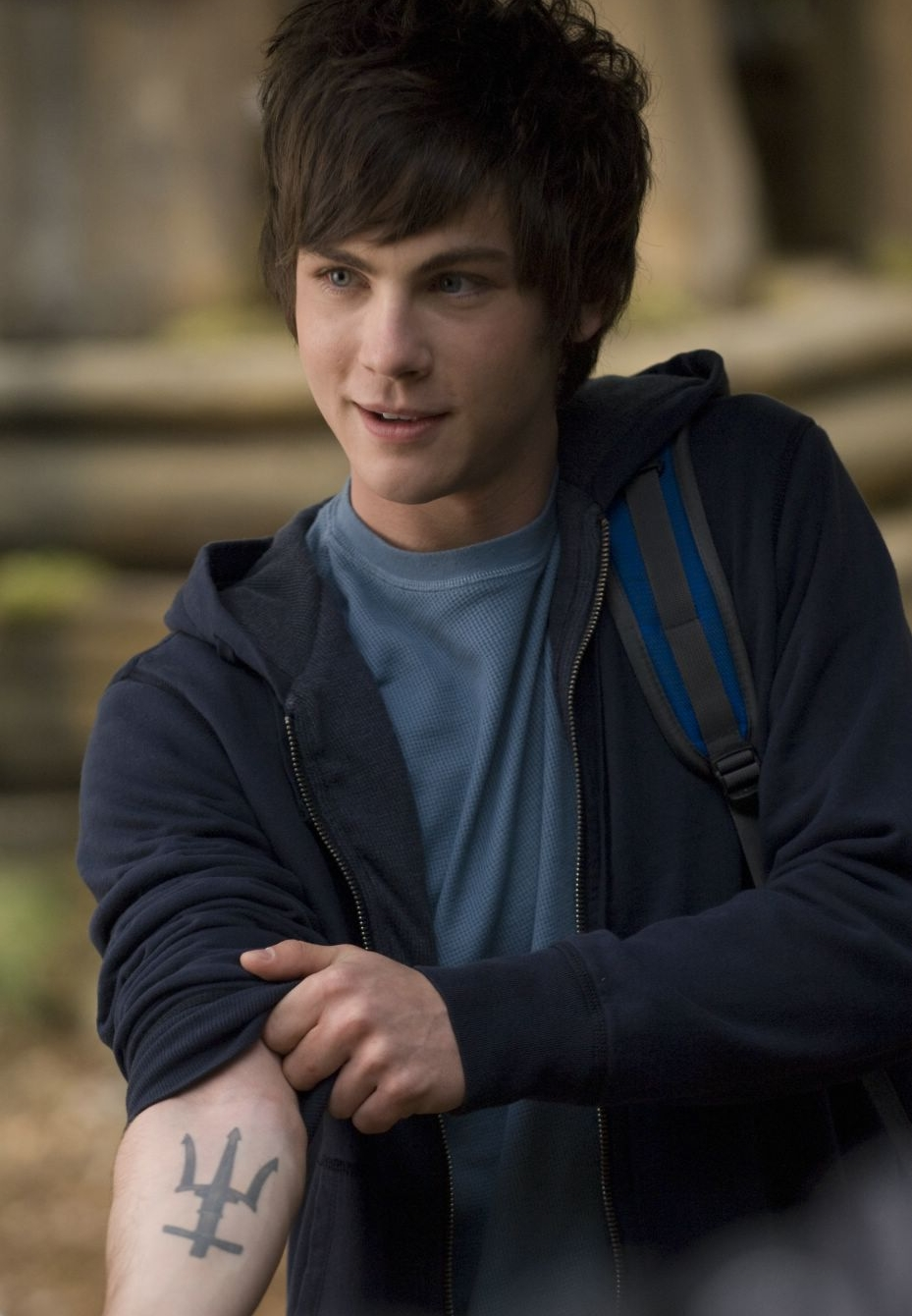 Logan LermanLogan Lerman