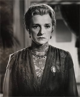 Gladys Cooper in Now, Voyager