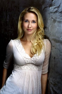 Anna Camp and