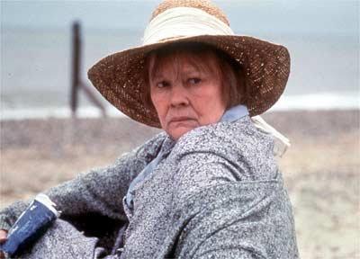 Judi Dench in Iris